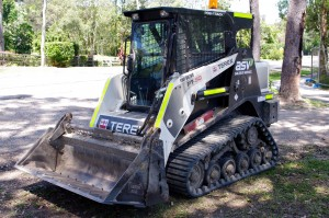 positrack dry hire sunshine coast - earthmoving equipment sunshine coast