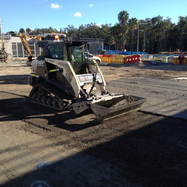 Driveways-Mooloolaba-Tipper-Hire-Sunshine-Coast