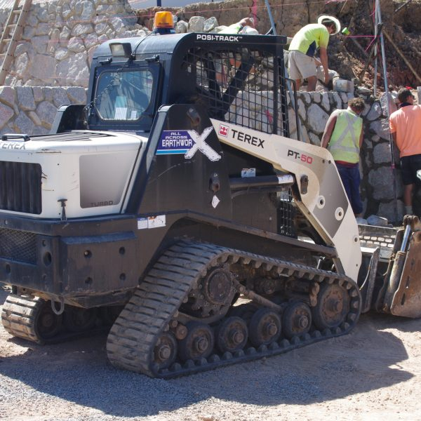 Rock-Walls-Tipper-Hire-Maroochydore