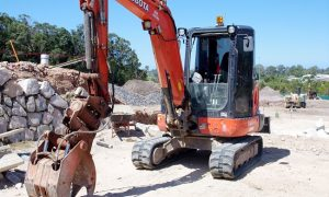 earthmoving hire sunshine coast - excavation contractors - earthworks - excavator dry hire sunshine coast