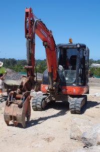 excavation contractors sunshine coast - tipper positrack excavator hire - earthmoving companies queensland