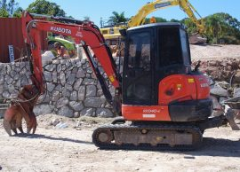 sunshine coast excavator hire - excavation contractors - earthmoving equipment